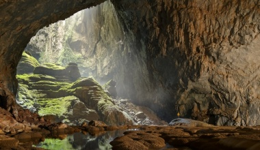 Son Doong cave – the largest cave in the world